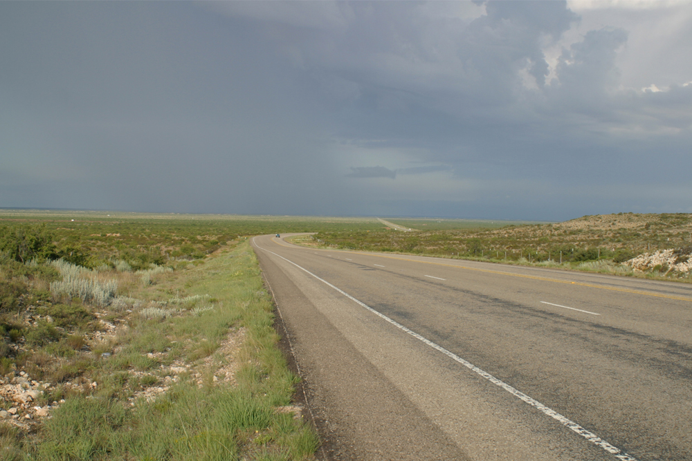 Between Sand And Sky – Challenges In The Land Of Ghost Towns And Boom Towns