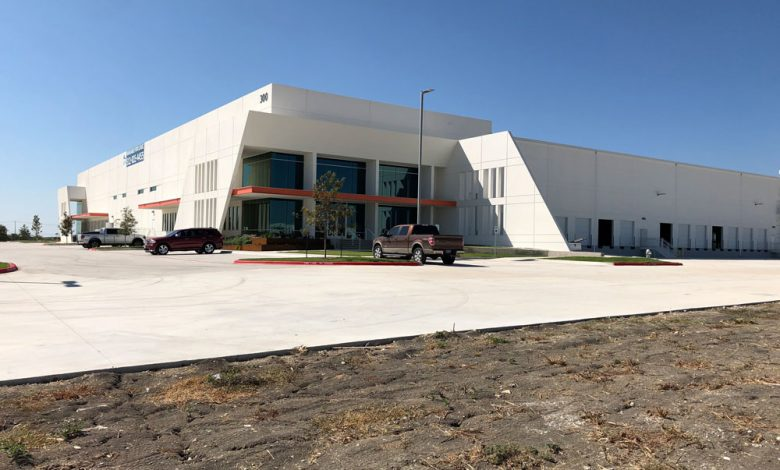 Photo of City Of Kyle, Gov. Abbott Announce High-Tech Dental Manufacturing Lab To Come To Hays Logistics Center