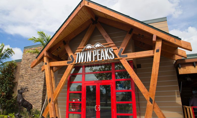 Photo of Twin Peaks Honors Service Industry Employees With Nightly Special